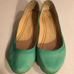 Shoes - Frye green ballet flats Size 9